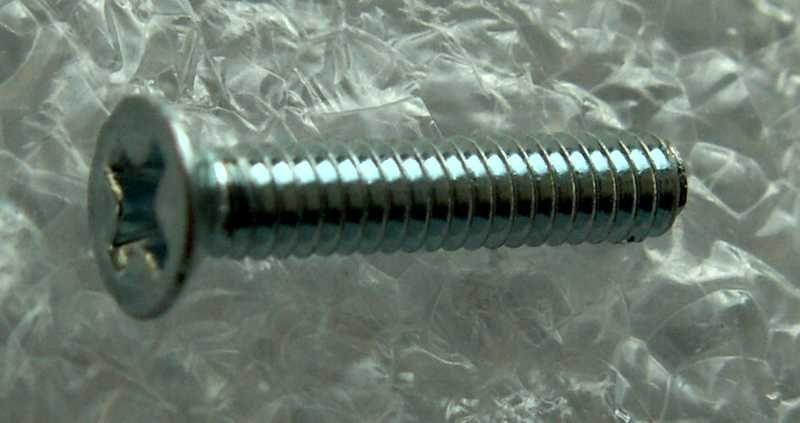 Šroub M2x10 ZH pozink
