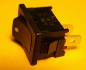 Kolébkový vypínač