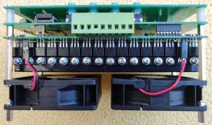 Monitor baterie MB60-8-6A - boční pohled