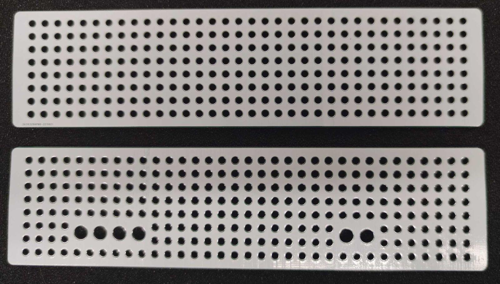 Panely s otvory pro Combiplast CP-2055M